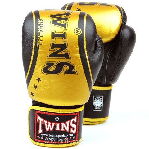 GĂNG TAY TWINS CLASSIC BOXING GLOVES - BLACK/GOLD