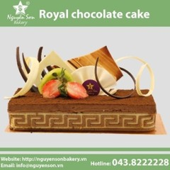 Royal chocolate cake