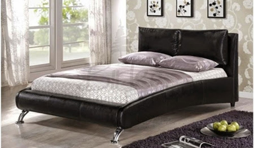 Leather Bed 005