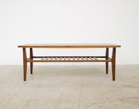 Smile Coffee Table - Walnut