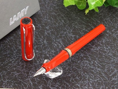 Bút mực Lamy Safari Shiny Red 2