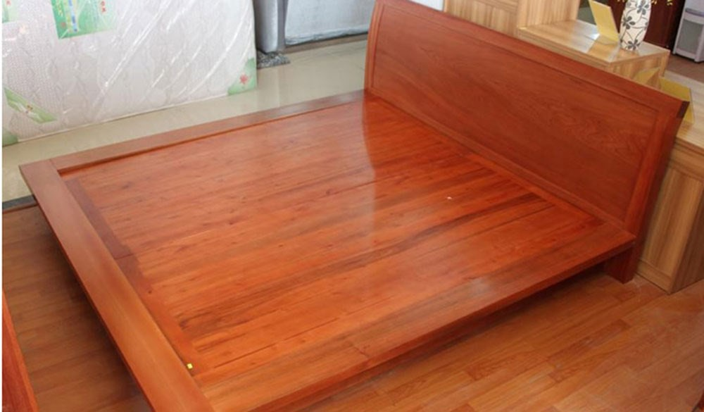 Wooden Bed 006