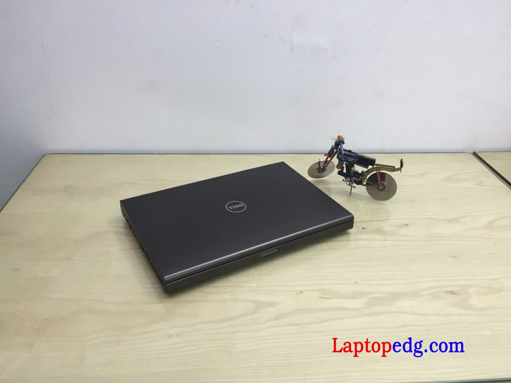Dell M4700 i7-3720QM, 8GB, HDD 500GB , K2000M , 15.6 FHD