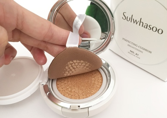 Phấn Nước Sulwhasoo Perfecting Cushion Brightening