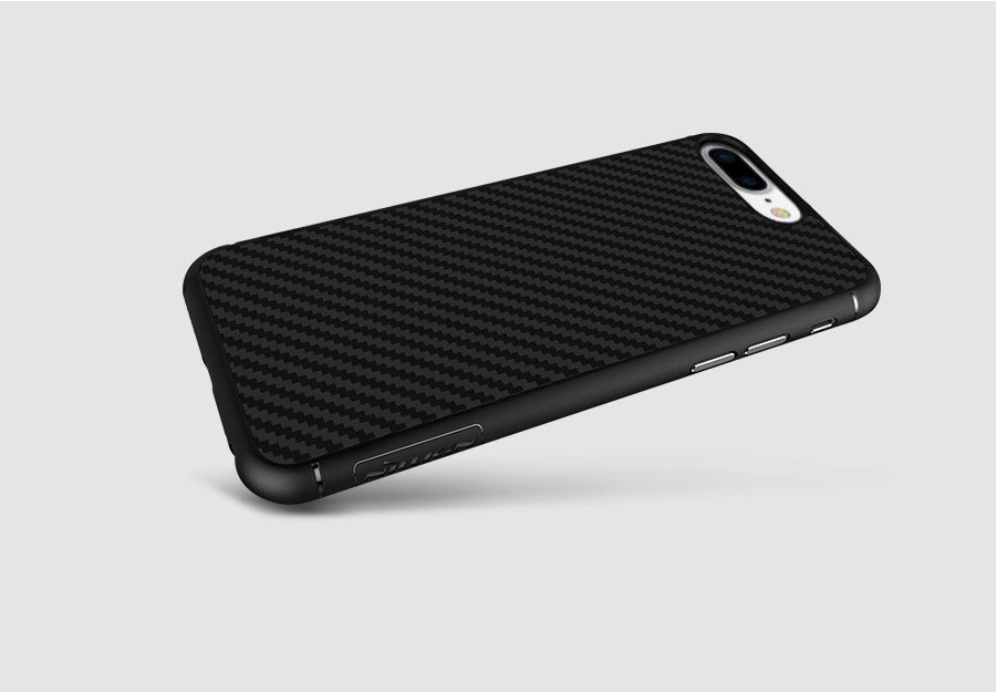 Op-Lung-Iphone-7-Plus-Nillkin-Synthetic-Fiber-Van-Carbon-1