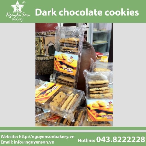 Dark chocolate cookies
