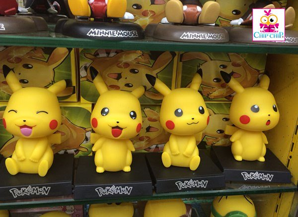Tượng nhựa pikachu