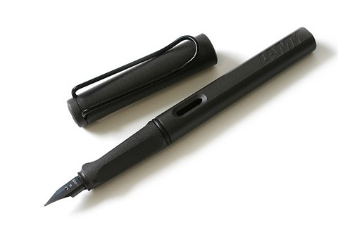 Bút mực Lamy Safari Matt Black